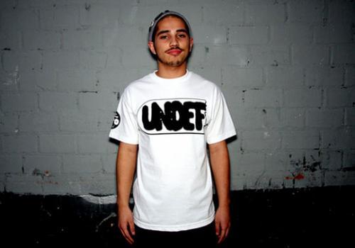 undefeated-geoff-mcfetridge-skateboard-tshirt-1_convert_20081107020325.jpg