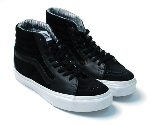 vans-chukka-boot-era-black-leather-02.jpg
