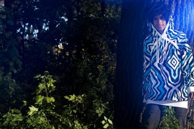 ____gallery__streetwearw09__J1010805 Faceplant hoodie P1010409A Crush jeans tarmac_2