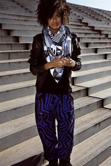 streetwearS09__photos__J1010119 Athena jacket P1010309 Baffled pants A1011107 Local scarf