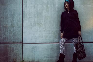 ____gallery__streetwearw09__J1010801 Excalibur hoodie P1010302 Attraction pants A1011115 Magical beanie A1011305 Momentum bag