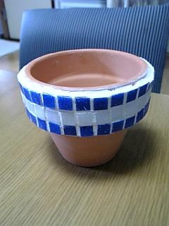 モザイク作品2_植木鉢