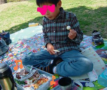 春の公園ピクニック3