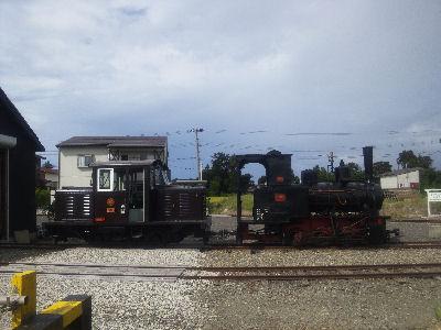 2号蒸気機関車とDC92