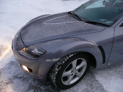 粉雪の積もったRX-8