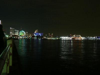 山下公園から眺める大桟橋とMM21方面