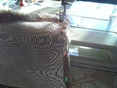 ミシンで縫い縫い