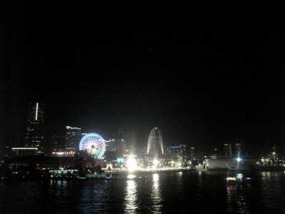大桟橋から見る夜景09-梅雨