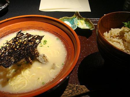 煮干しラーメンと炊き込みご飯@影虎