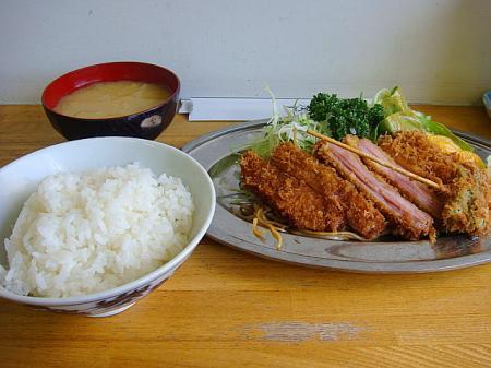 ジャンボハムカツハーフ定食@キッチン トキワ