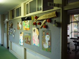 1年生の教室前にて20081101