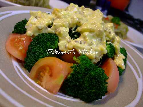 DSCF11・26ブロッコリーのサラダ