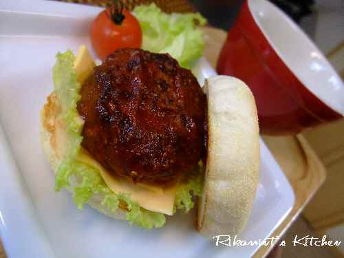 DSCF1・10ハンバーガー4