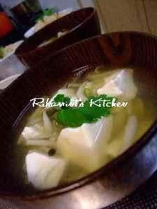 DSCF5・28豆腐としめじのお吸い物
