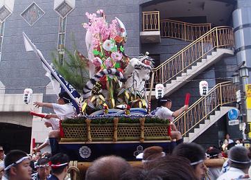 yamakasa10