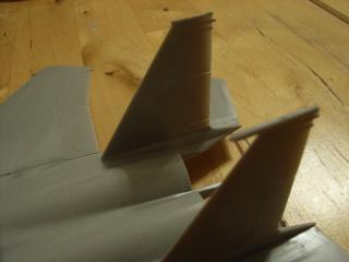 垂直尾翼の違い