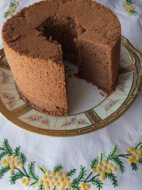 cocoa chiffon cake*