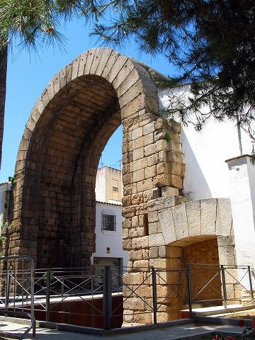 トラヤヌスの門(メリダ)