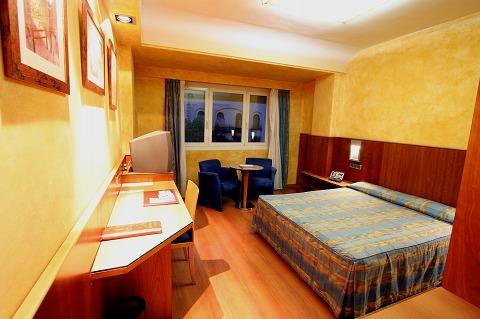 ホテル・カールトンの客室(マドリード)