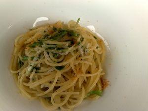 090222イゾラベッラ・シラスと水菜、カラスミソースパスタ