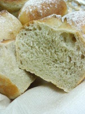 20080530蕎麦粉パン22