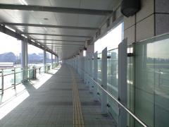 高松港渡り廊下