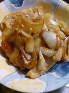 鶏ささみと玉葱のコチュヂャン炒め