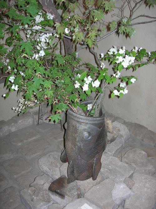 スズキの花瓶