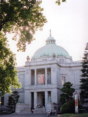 東博・表慶館