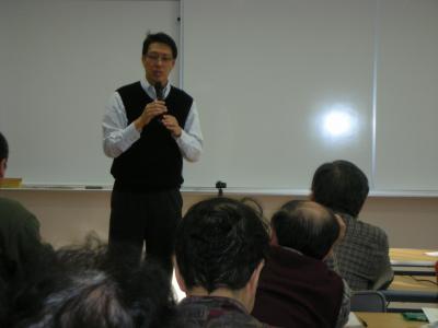 講演中の島谷先生
