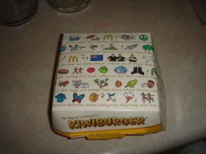 KIWIBURGERのパッケージ