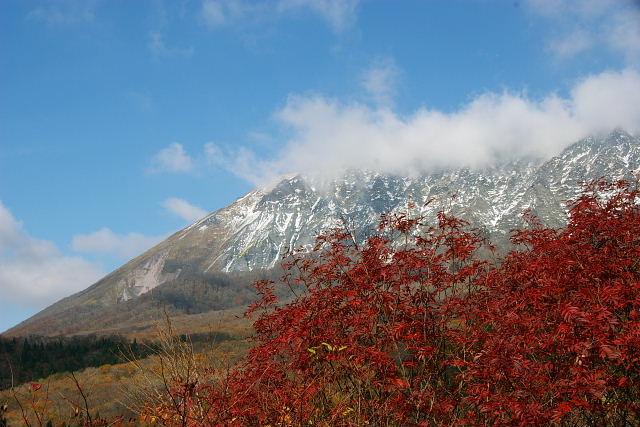 大山初冠雪1