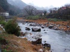 湯村温泉から見た斐伊川