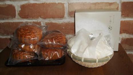 白ららチーズケーキ&月餅