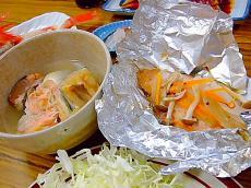とほ宿「とおまわり」の豪快な夕食2