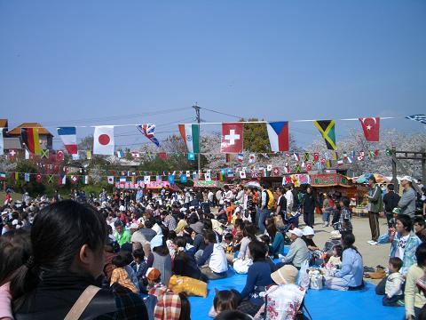 飯塚の春のおまつり。
