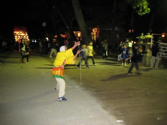 2008/10/12豊浜ちょうさ祭りコマ回し