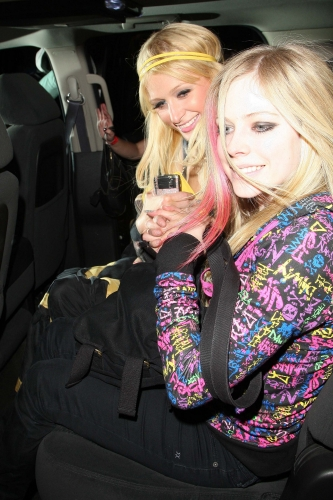 avril with paris hillton2