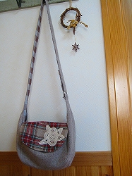 やさしい郵便屋さんのバッグ1