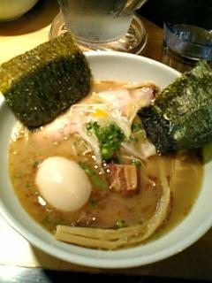 507麺処ゼロ特製ラーメン