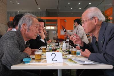 語る4:老人同士