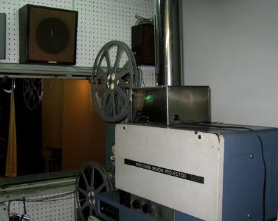 16ミリ映写機