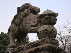 にぎつ狛犬(左)