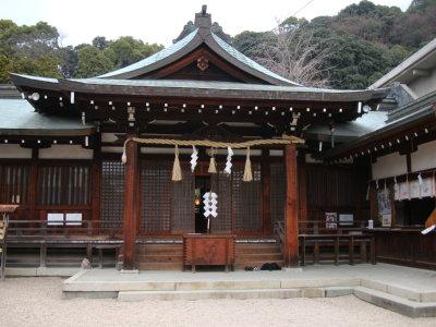 鶴羽根神社拝殿
