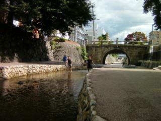 堀川で水遊び!?_2009-07-27