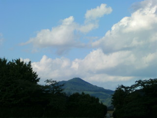 比叡山の方を向いて_2009-06-28