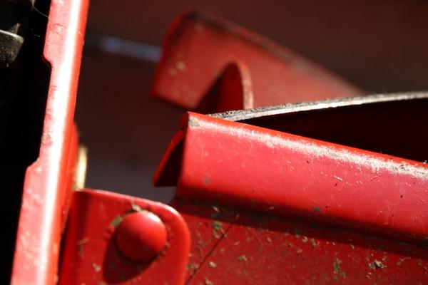 芝刈り機の回転刃(研磨後)