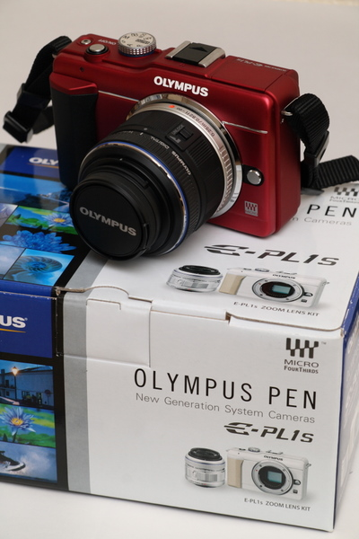 OLYMPUS E-PL1s (Red) Zoom Lens Kit