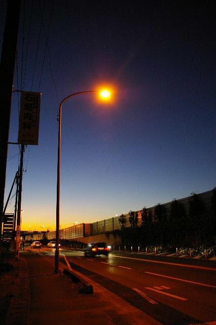 バス待ち夕景