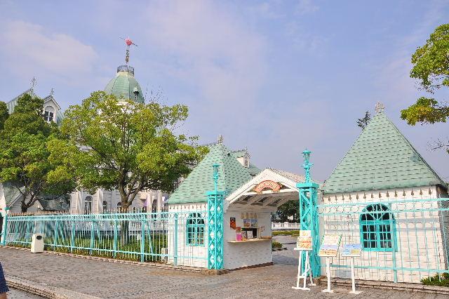 お菓子の城